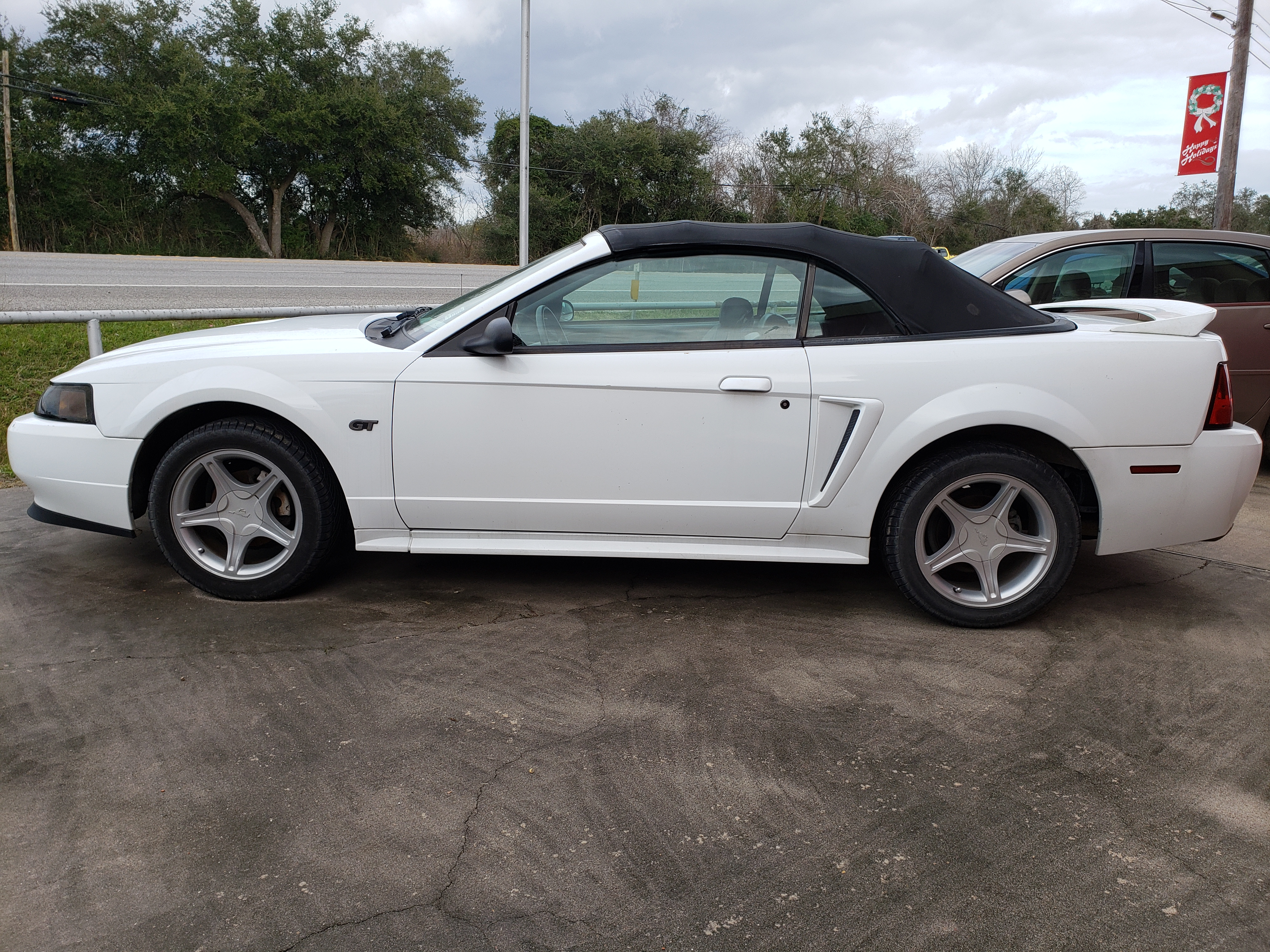 Stk T180245 2000 Ford Mustang White 191298 Miles